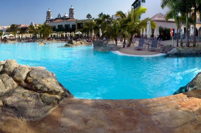 Tematizaciyn_roca_artificial_piscina_3_Villa_del_Conde_02