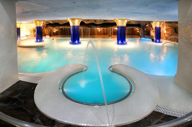 Tematizaciyn_roca_artificial_spa_0_Hotel_Eugenia_Victoria_-10